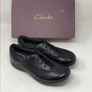 New/dis   CLARKS   in motion rock